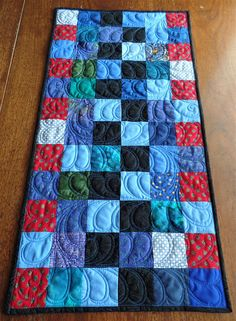 quilted table runnerblue table runnerAmericana table