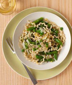 Love Peas on Pinterest | Pea Pods, Sweet Peas and Pea Salad