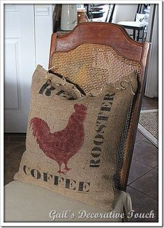 Burlap Pillow…from an old feed sack. Burlap Projects, Burlap Crafts, Decor Crafts, Diy Projects To Try, Art Projects, Burlap Sacks, Burlap Pillows, Decorative Pillows, Throw Pillows