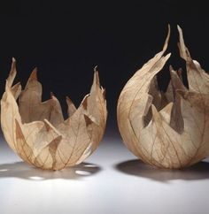 Delicate Leaves Transformed Into Beautiful Bowls