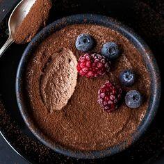 Geniales 2-Zutaten Mousse au Chocolat (ohne Ei)