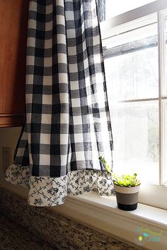 Love the combo of check & toile. Frugal decorating - black buffalo check curtains with cute toile ruffles on the bottom thrifted from Goodwill Yellow Curtains, Boho Curtains, Curtains Living, Colorful Curtains, Layered Curtains, Short Curtains, Nursery Curtains, Burlap Curtains, Velvet Curtains