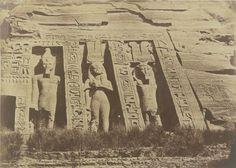 1849-1850 - Ibsamboul : partie septentrionale du spéos d'Hathor. Photographe : Maxime Du Camp