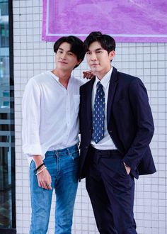 Cute Gay Couples, Cute Couples Goals, Young Cute Boys, Theory Of Love, Korean People, E Type, Boys Like, Thai Drama, Cute Actors