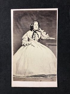 Victorian Carte De Visite CDV: Unknown Older Lady: Big Dress: Holding Book | eBay