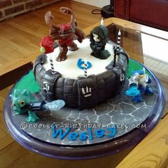 Coolest Skylanders Giants Birthday Cake... This website is the Pinterest of birthday cake ideas