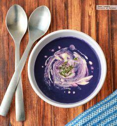 Sopa de col morada No Salt Recipes, Veggie Recipes, Soup Recipes, Cooking Recipes, Healthy Recipes, Healthy Meals, Fresh Meat, Vegan Soups, How To Eat Paleo