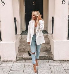 Ruby Holley on Go to outfit for a night out is always blazer and j. Go Out Outfit Night, Night Outfits, Classy Outfits, Stylish Outfits, Casual Night Out Outfit Summer, Classy Going Out Outfits, Pastel Outfit, Mode Outfits, Jean Outfits