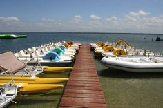 L'Idylle Plage Location Nautique, pédalos, planche à voile, canoê-kayak, paddle board, transat..., Maguide, Biscarrosse Lac