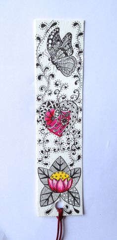zentangle bookmark Zentangle Drawings, Doodles Zentangles, Zentangle Patterns, Doodle Drawings, Tangle Doodle, Zen Doodle, Doodle Art, Zantangle Art, Zen Art