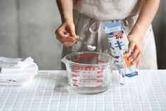 ナチュラルクリーナーで頑固な3大汚れを撃退しよう! : 窪田千紘フォトスタイリングWebマガジン「Klastyling」暮らす+スタイリング Liquid Measuring Cup, Measuring Cups, Slow Living, Pyrex, Kitchen Cleaning, Web Magazine, Blog, Measuring Cup, Blogging
