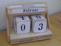 naptár készítés Diy Tumblr, Diy Holz, Flip Clock, Woodworking Shop, Children, Wood Workshop, Home Decor, Games, Calendar
