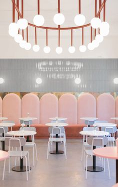 Ideas Exterior Lighting Restaurant Interiors For 2019 Design Retro, Design Café, Vintage Design, Cafe Design, Design Ideas, Blog Design, Boutique Interior Design, Restaurant Interior Design, Restaurant Interiors