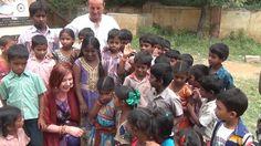 Un Sogno fra le dita - Volontariato India Surya descrive molto brevemente alcune…