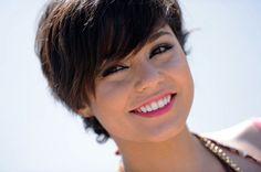 Vanessa Hudgens short hair | More Pics of Vanessa Hudgens Short Straight Cut (11 of 34) - Short ...