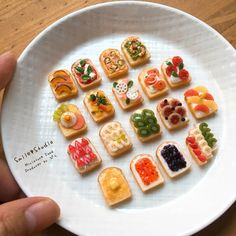 2017.10 Miniature Bread By Smile Pindot #miniaturefood #miniaturesandwich