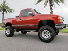 1993 Gmc Sierra 1500 Sle Lift With New Tires - Extra Clean Classic! - Used Gmc Sierra 1500 for sale in Jacksonville, Florida Chevy Stepside, Chevy 4x4, Chevy Pickup Trucks, Gm Trucks, Chevrolet Trucks, Lifted Trucks, Classic Cars Usa, Chevy Girl, Jeep Suv