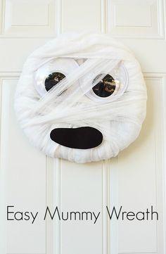 Easy DIY Mummy Wreath