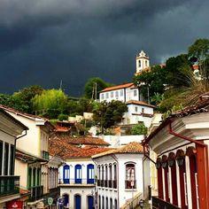 Lá vem chuva em Ouro Preto  Minas Gerais - Brasil