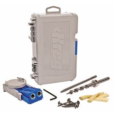 "Includes Kreg Jig® R3, Clamp Pad Adapter, Stepped Drill Bit, 6"" Driver Bit, Depth Collar, Allen Wrench, Starter Screw Set, all inside of a compact and durable carrying case.