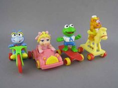 Had these in the box with Bambi Bernstein bears and Oliver and company! Muppet Babies (1987)   The 25 Greatest Happy Meal Toys Of The '80s