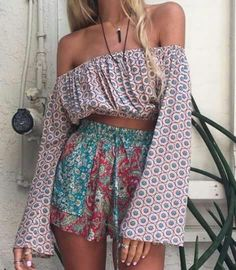 I don't know if I'd be able to pull those two off together but I do like the shirt a lot and I have the perfect top to match with those shorts