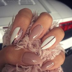 Neutral glam stiletto nails More