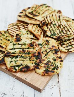 Use gf flour Jamie's Easy Flatbreads Recipe Jamie's Recipes, Baking Recipes, Snack Recipes, Smoker Recipes, Snacks, Traditional Bread Recipe, Savoury Baking, Bread Baking, Food Suppliers