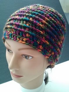 Ravelry: dshairstylist's Beehive Buzz! http://www.ravelry.com/patterns/library/beehive-beanie