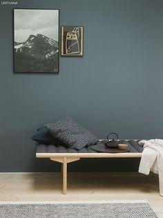 Fine veggfarger / new wall paint colours Nordic Living, Home Living, Living Spaces, Living Room, Wall Colors, House Colors, Colours, St Pauls Blue, Bedroom Wall