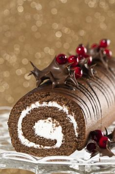 Buche de Noel - a French tradition. Our as I like to call it , a chocolate log.my dessert when everyone else in my family ate Christmas cake or plum pudding Christmas Chocolate, Christmas Sweets, Christmas Baking, French Christmas, Xmas, Christmas Log Cake, Southern Christmas, Elegant Christmas, Christmas Recipes