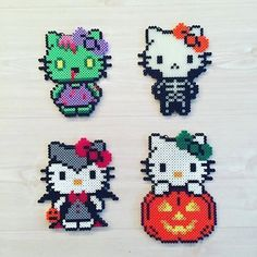 Halloween Hello Kitty hama perler beads by kittybeads and like OMG! get some yourself some pawtastic adorable cat apparel! Perler Bead Designs, Diy Perler Beads, Perler Bead Art, Pearler Beads, Pearler Bead Patterns, Perler Patterns, Hama Beads Halloween, Chat Hello Kitty, Hello Kitty Halloween