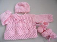 Tutoriel tuto brassière bonnet chaussons bébé rose ou blanc