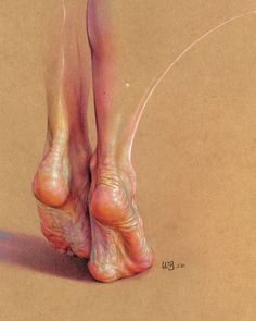 Fascinated by the paintings of Lucian Freud, Wanjin Gim, creates incredible hyperrealistic paintings of the human anatomy. He usually paints nudes that allow him to express the abstract curves of the human body. Human Anatomy Art, Anatomy Drawing, Human Figure Drawing, Life Drawing, Feet Drawing, Art Drawings, Pencil Drawings, Charcoal Drawings, A Level Art