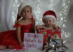 What a FUN Sibling Christmas Photo idea :). Some great photo ideas on this site.