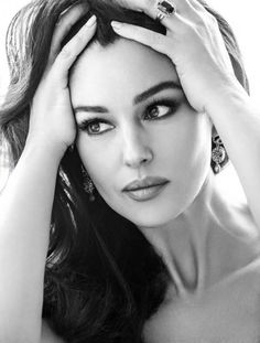 Monica Bellucci Black & White Photography that will Hypnotize You.