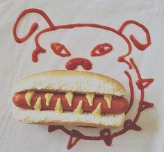 Attention chien méchant : un dangereux hot-dog... Haha!