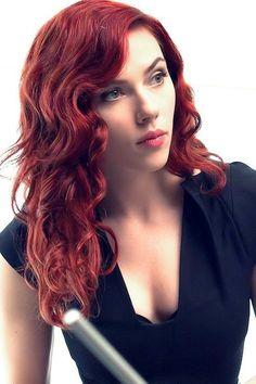 Really want to try red again, haven't sinc… Scarlett Johansson (Black Widow). Black Widow Scarlett, Black Widow Natasha, Marvel Women, Marvel Girls, Black Widow Marvel, Natasha Romanoff, Hollywood Actresses, Redheads, Hair Styles
