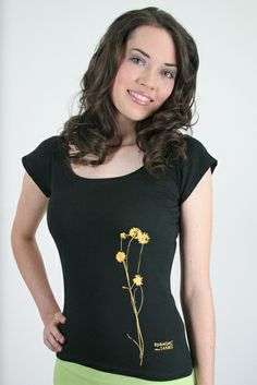 Blümel-Shirt, schwarz, M von Spangeltangel auf DaWanda.com