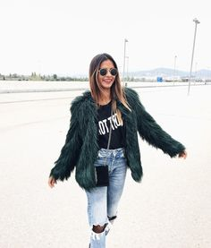 Mañana: #granada with babe @lauraescanes / Details of this look on WWW.EMITAZ.COM ❤️