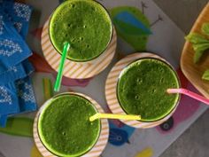 KELSEY NIXON'S MEAN GREEN SMOOTHIE: 1 cup fresh baby spinach 3/4 cup frozen green grapes 1/2 cup brewed green tea, cooled 1 medium ripe kiwi, peeled and chopped 1 sprig fresh mint leaves 1/2 Granny Smith apple, cored and chopped