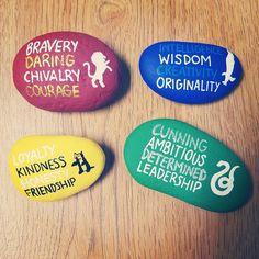 Painted rock / rock painting / rock art / painted stones / Harry potter / Harry potter rock