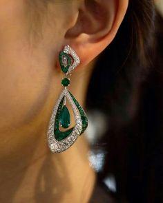 Emerald Jewelry, Ear Jewelry, Wedding Jewelry, Jewelery, Silver Jewelry, Jewelry Accessories, Jewelry Necklaces, Fine Jewelry, Jewelry Design