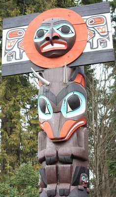 Chief Skedans mortuary pole, totem pole, Brockton Point, Stanley Park, Vancouver, Canada MOUNTAIN GOAT FOR ANNA