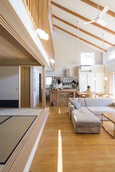 リノベーション・リフォーム会社「駿河屋|創業1657年」が手掛けた注文住宅事例。掲載写真数:11枚/所在地:東京都府中市/間取り:4LDK以上/敷地面積:147.5㎡/2階建て Japanese Architecture, Architecture Design, Japanese Fence, Japanese Interior Design, My Room, Building A House, House Plans, New Homes, Floor Plans
