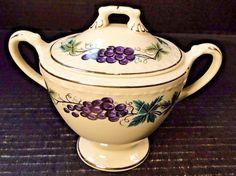Homer Laughlin Eggshell Georgian Grapes Leaves Sugar Bowl with Lid HLC2376 NICE! #HomerLaughlin