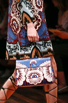 Valentino Spring 2015 Ready-to-Wear - Details - Gallery - Look 2 - http://Style.com michael kors bags, #mk bags#