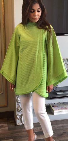 Pakistani Fashion Party Wear, Pakistani Dresses Casual, Pakistani Dress Design, Stylish Dresses For Girls, Stylish Outfits, Sleeves Designs For Dresses, Only Shirt, Kurta Neck Design, Kurta Designs Women
