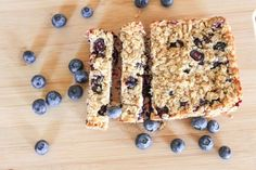 Homemade Baby Nibble Bars – The Fitnessista A few oats short of paleo, but definitely on my diet (as long as I don't eat the whole batch! Baby Snacks, Toddler Snacks, Fruit Snacks, Healthy Snacks, Healthy Recipes, Small Food Processor, Food Processor Recipes, Baby Food Recipes, Snack Recipes