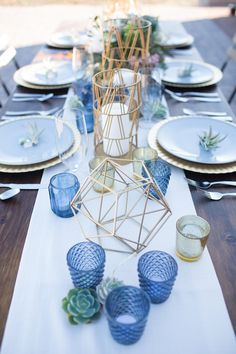 Photography by Denise Karis Flowers: Kat Mellow of Bloom & Blueprint Events Planner: Holcomb Weddings & Events Venue: The Paseo Geometric tablescape with xerographica airplants, succulents, and gemstones. Classically modern wedding with a kick of Southwest Earth and Sky.
